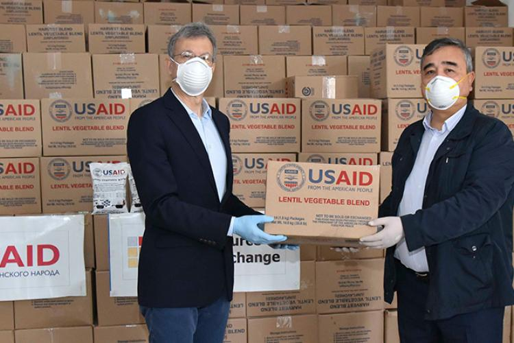 2020_04_16_USAID_sent_130_tons_of_food_in_Uzbekistan.jpg